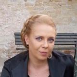 Mirela T.