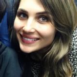 Ana Caroline G.